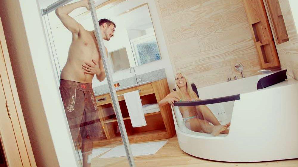 Hotel bayerischer wald mit privat spa im zimmer privatpool for Zimmer mit whirlpool bayern