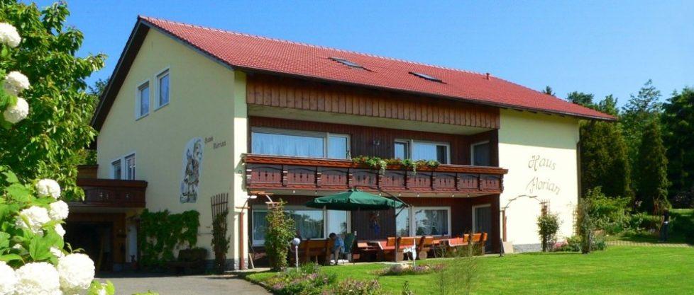 Pension bei Waldmünchen Ferienwohnung und Zimmer mit Frühstück