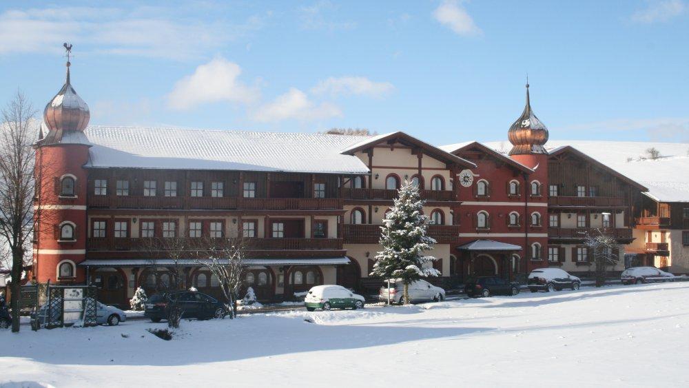 böhmerwald-familien-wellnesshotel-bayerischer-wald-winterurlaub-ansicht