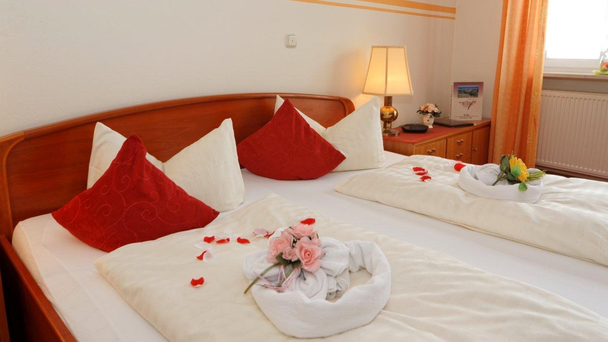 hotel-familienurlaub-bayerischer-wald-zimmer-kuschelurlaub