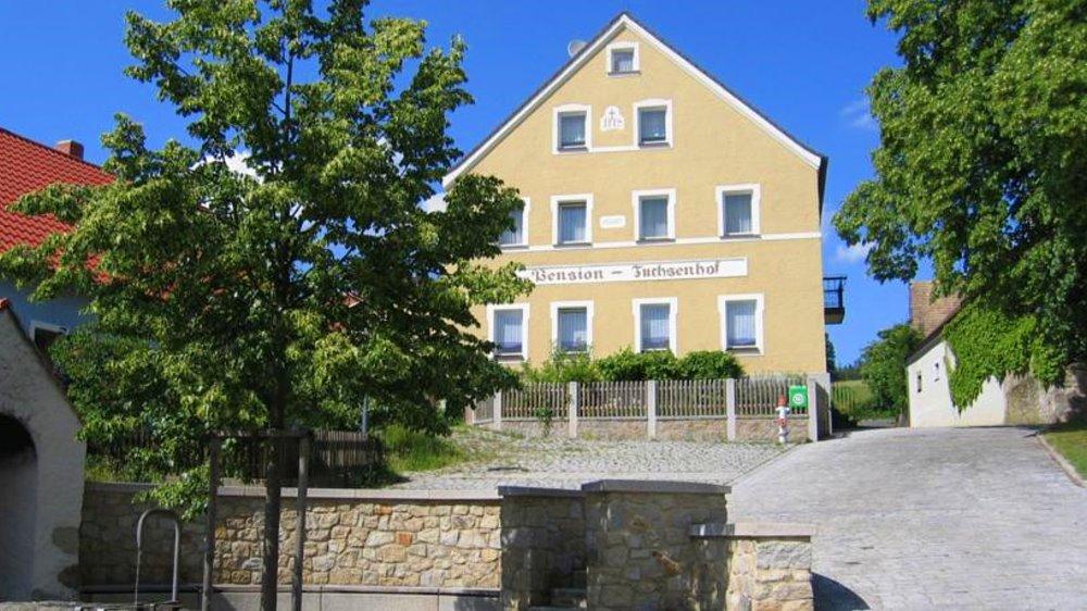 fuchsenhof-reiterhof-oberpfalz-ferienhaus-pension-ansicht