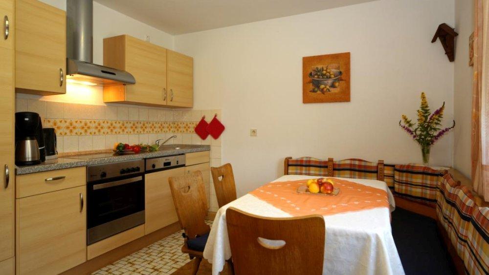 hamberger-ferienwohnung-gruppenunterkunft-bayern-essen-kochen