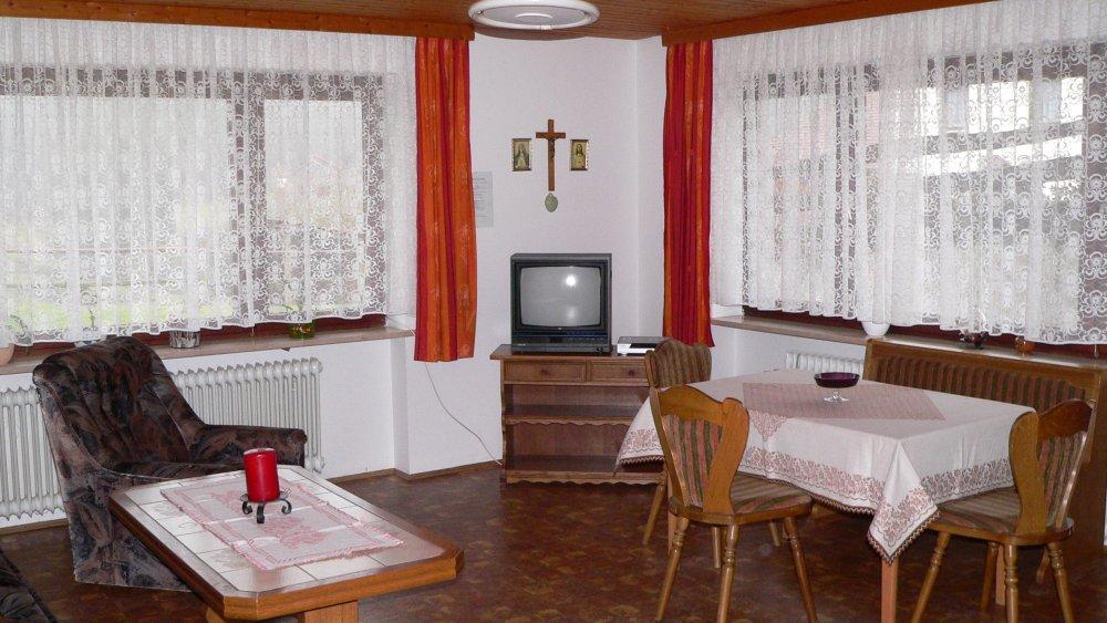 koller-ferienwohnungen-vorderer-bayerischer-wald-essen-wohnen