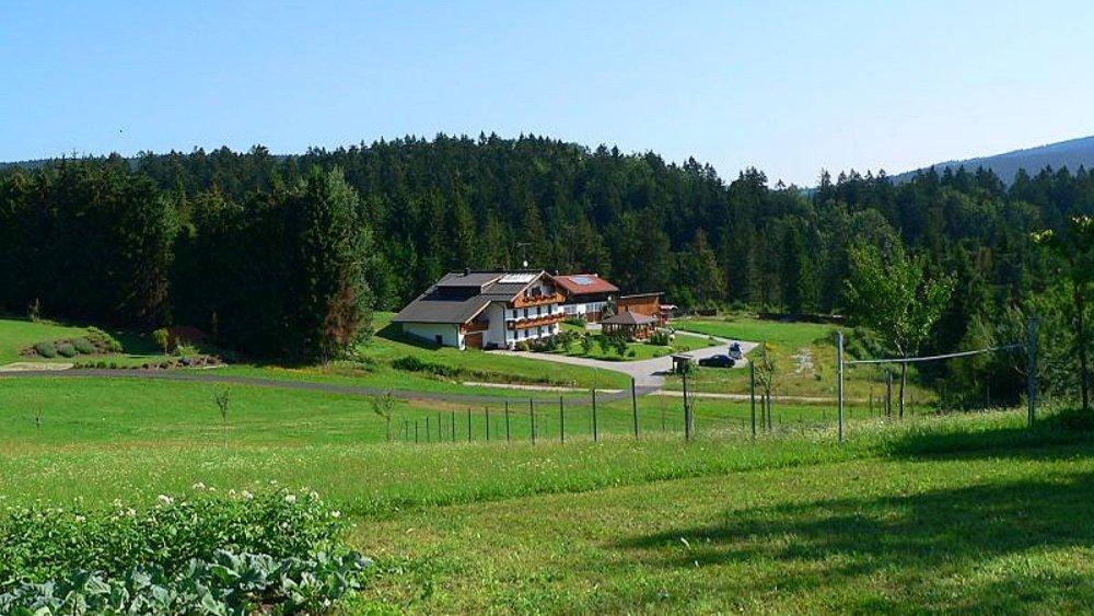 spannbauer-ferienhaus-dreilaendereck-bayerischer-wald-idyllische-alleinlage