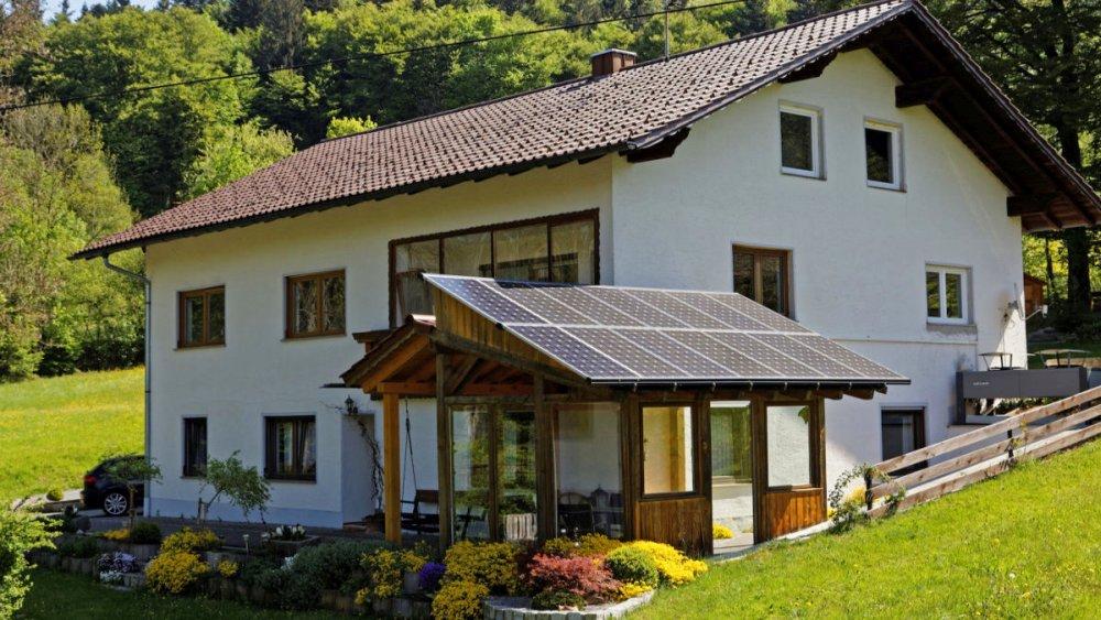 sterl-ferienhaus-bayerischer-wald-barrierefrei-aussenansicht