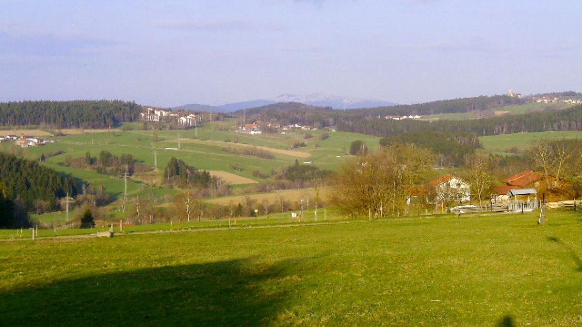 ernst-ferienwohnung-bayerischer-wald-ausblick-landschaft