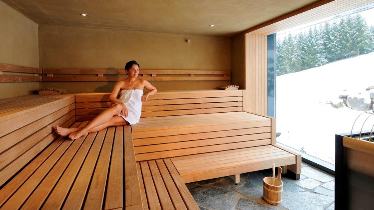 bayerischer-wald-wellnesshotel-sauna-angebote-relaxen