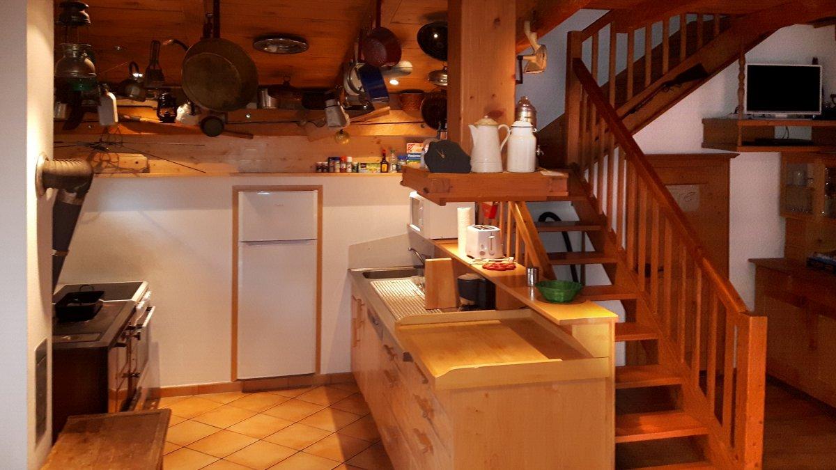 richards-museumshuette-kochen-selbstversorgerhaus-bayerischer-wald