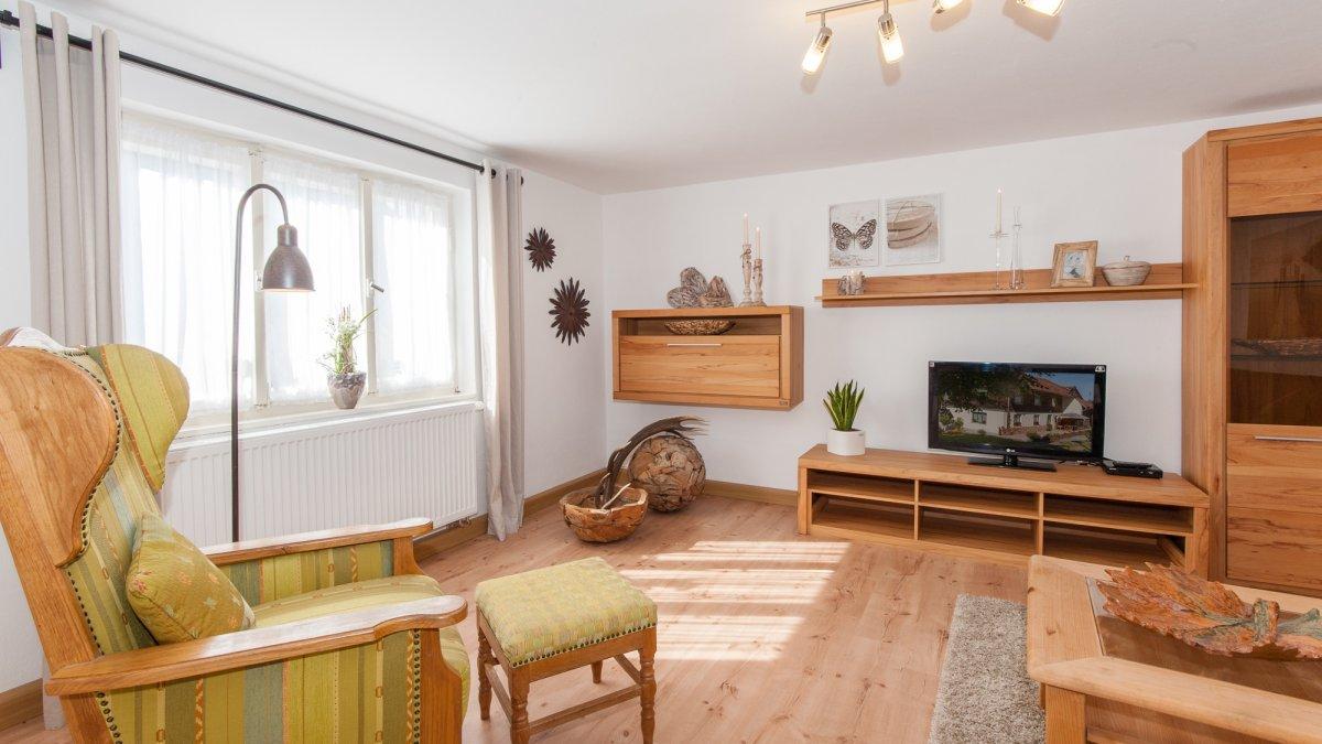 gruppenferienhaus-bayerischer-wald-wohnzimmer