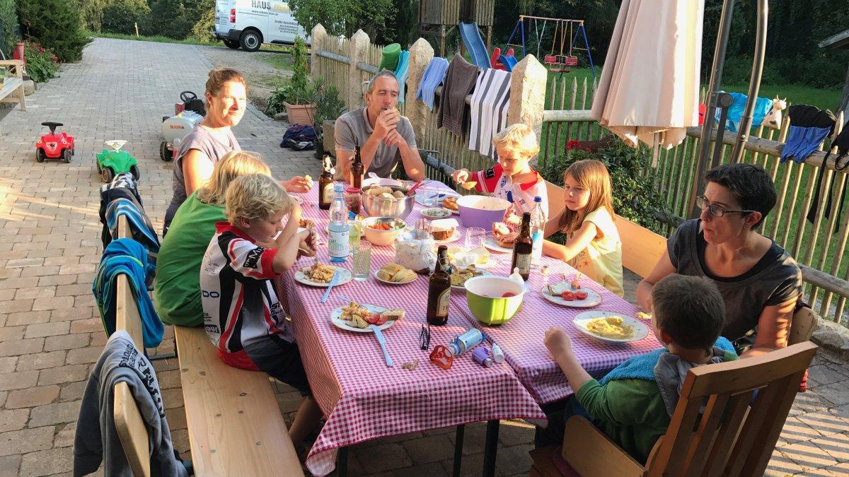 urig gemütlichen Waldlerhaus Geisberg zw Cham und Straubing