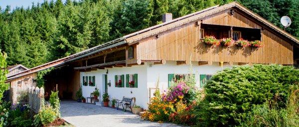 Ferienhaus für Familien & Gruppen in Alleinlage