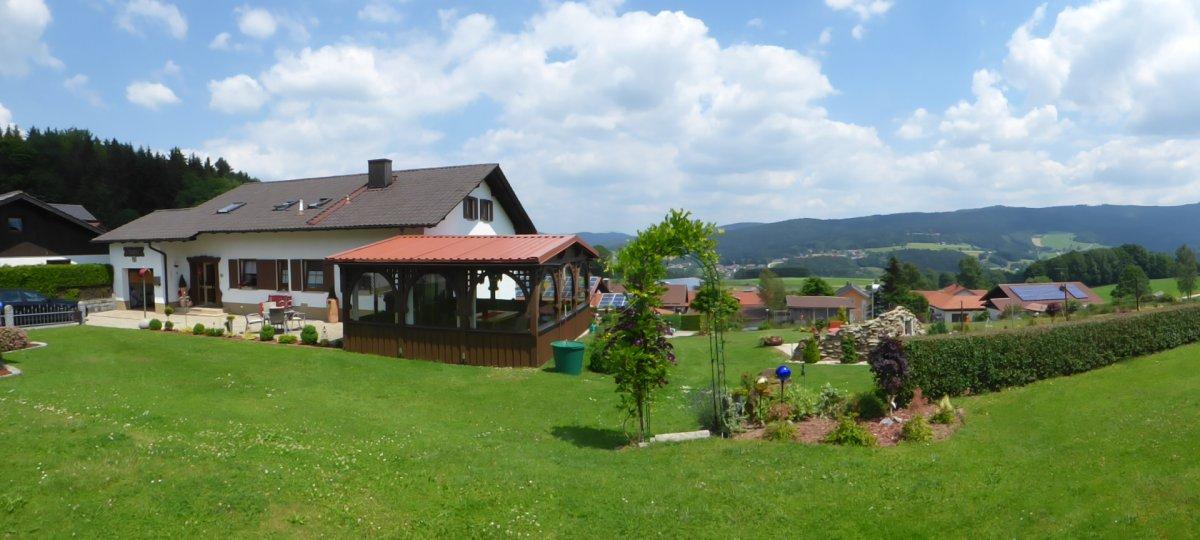 friedrich-pension-gotteszell-übernachtung-frühstück-bayerischer-wald