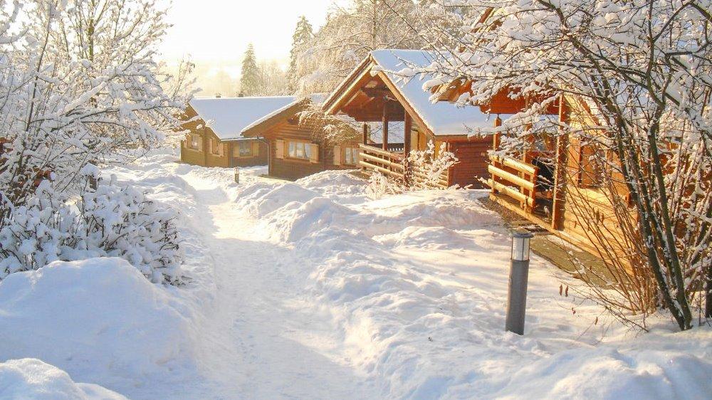 hp-blockhaus-stamsried-ferienanlage-bayerischer-wald-winterurlaub