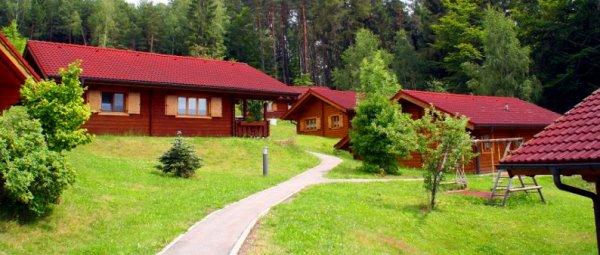 Stamsried Ferienanlage und Blockhausdorf Bayerischer Wald