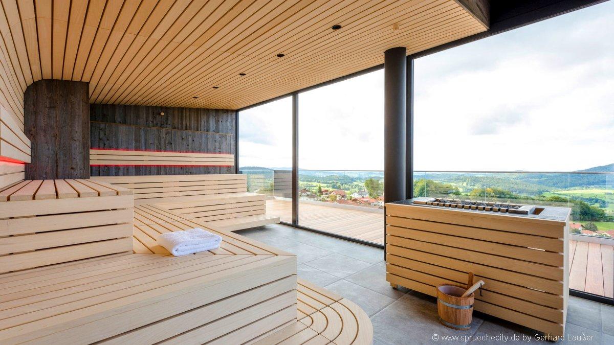 hüttenhof-bayern-hotel-tageswellness-fuer-verliebte-paare-sauna