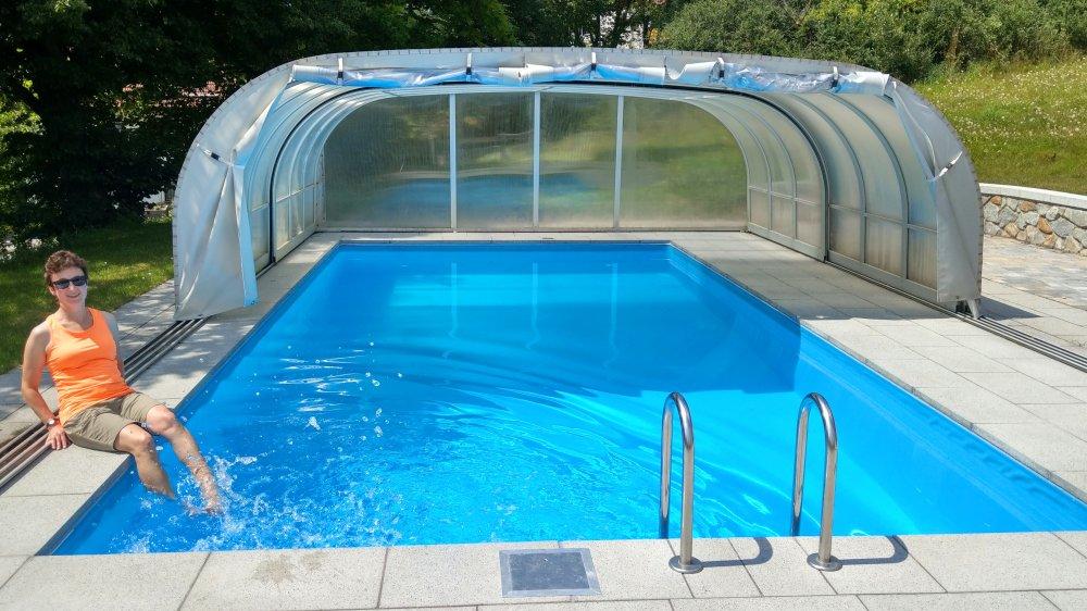 kraus-achslach-bayerischer-wald-gasthof-swimming-pool-niederbayern