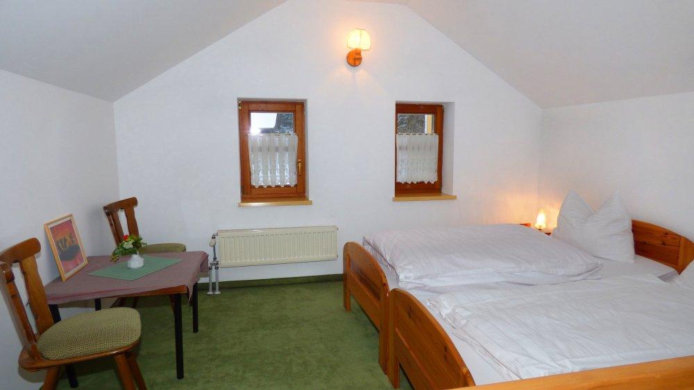 lindenhof-land-hotel-cham-regensburg-familien-zimmer-genstig