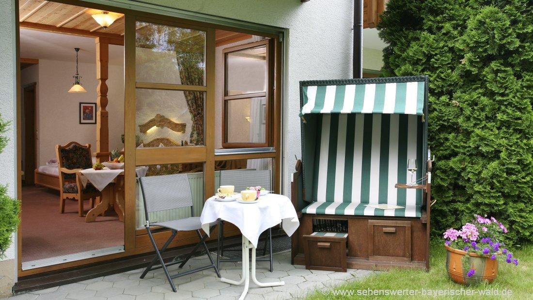 postwirt-hotel-grafenau-appartement-zimmer-terrasse