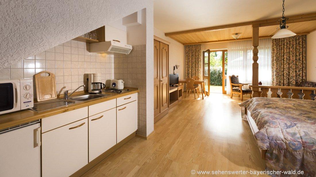 postwirt-landhotel-grafenau-ferienwohnungen-freyung-kochen
