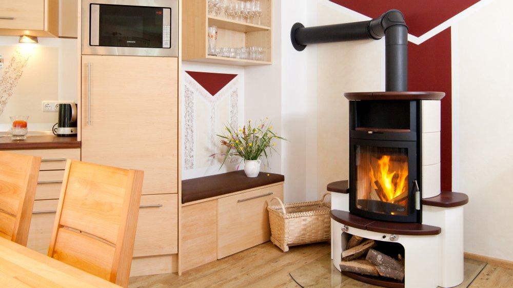 schanzer-luxus-ferienhaus-bayerischer-wald-kaminofen-romantik