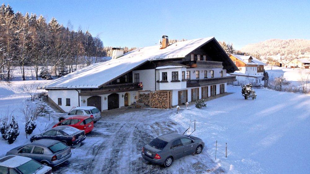 sonnleitn-pension-bayerischer-wald-winterurlaub-skiurlaub