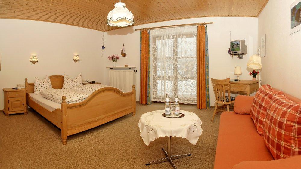 sonnleitn-zimmer-frühstück-bayerischer-wald-pension-ferienwohnung