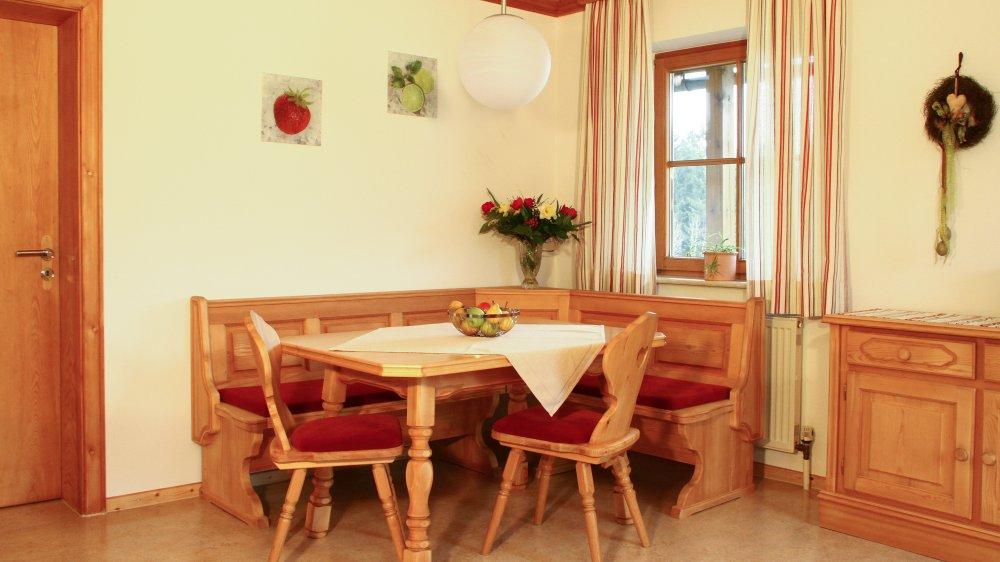 wieshof-kirchberg-im-wald-ferienwohnungen-wohnküche